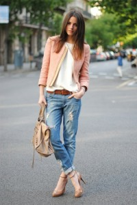 Необычные идеи для классики гардероба: с чем носить джинсы?
