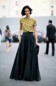 С чем носить юбку-солнце в новом сезоне?